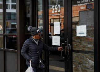 US jobless claims hit 3.3 million, quadruple previous record